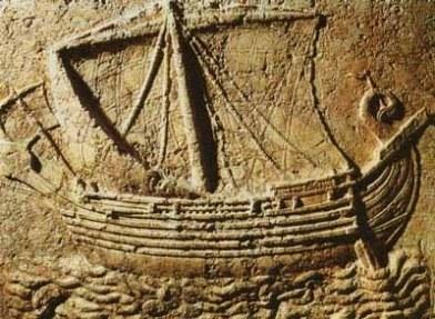 Baix relleu amb vaixell fenici.