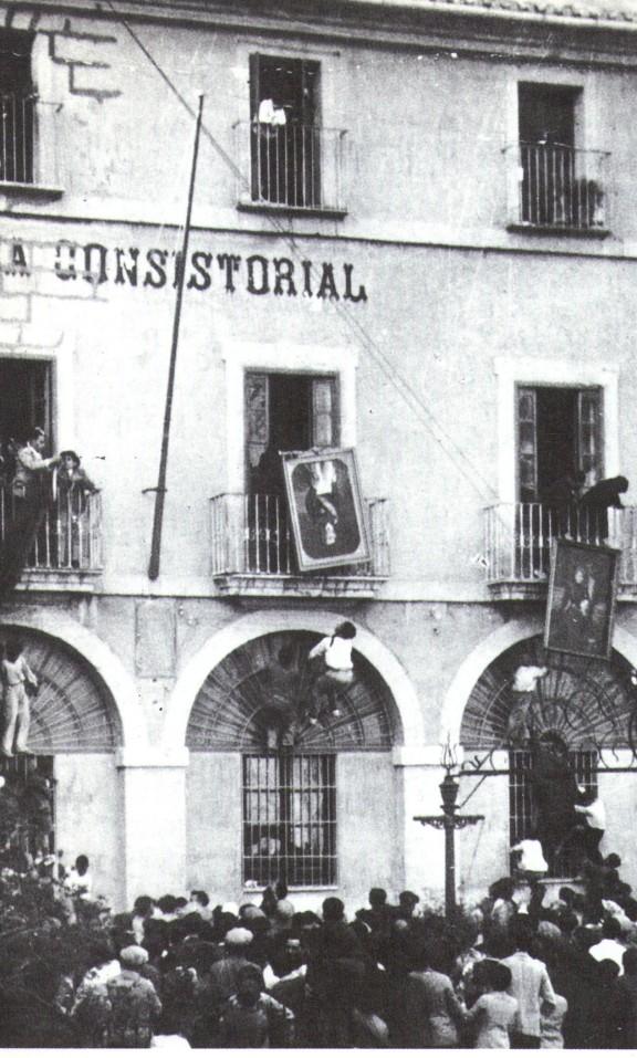Imatge Dénia anys 30. Font. Dénia 1881-1980