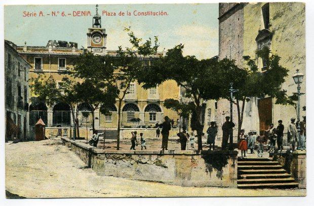(Fig. 1. Postal acolorida. Edició Thomas. Barcelona. C. 1914)