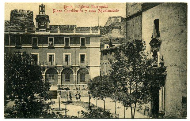 (Fig. 3. Postal. Edició Imprenta Esquerdo. Foto Luján. C. 1915)