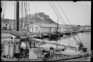 LOTY-08262_P port i castell