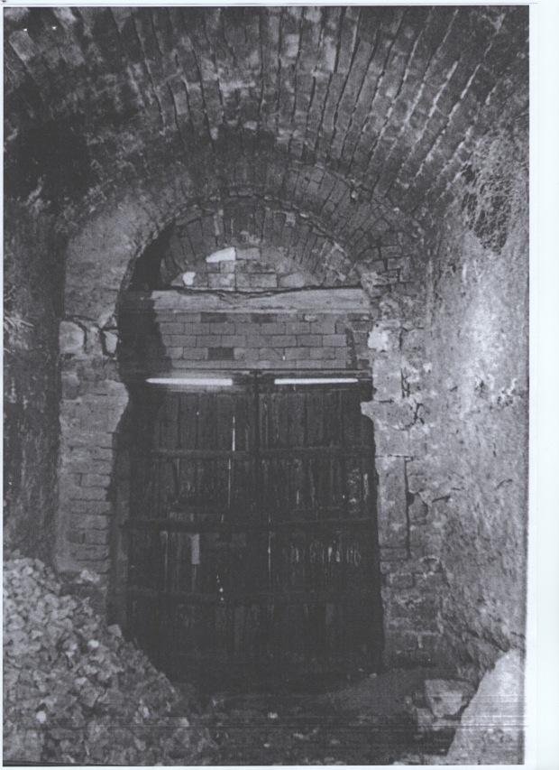 Portal de la Vila, interior. C.1957. Del llibre Denia 1881-1980.
