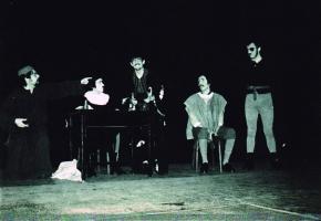 La farsa de Misser Pere Pathelin, guanyadora del I concurs de Teatre de València. València 1972 (Font: fons Vicent Balaguer. Arxiu Municipal de Dénia)